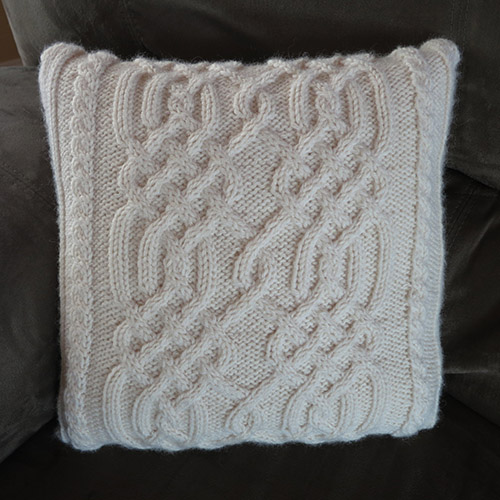 Celtic Knotwork Pillow Pattern