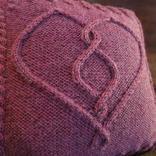Love of Cables Pillow Pattern