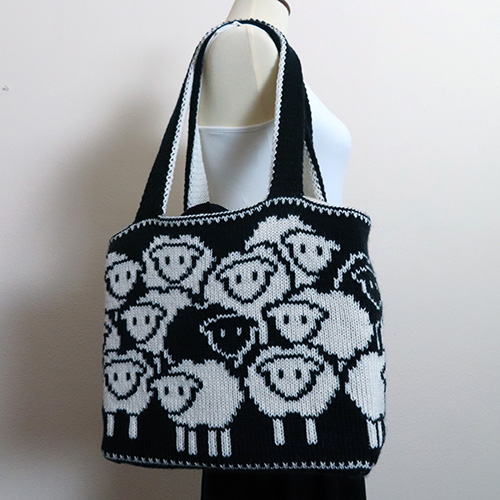 Counting Sheep Bag Pattern – 20% off on Ravelry!